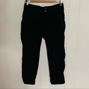Athleta Trekkie Crop Pant Size 4 Black Pants